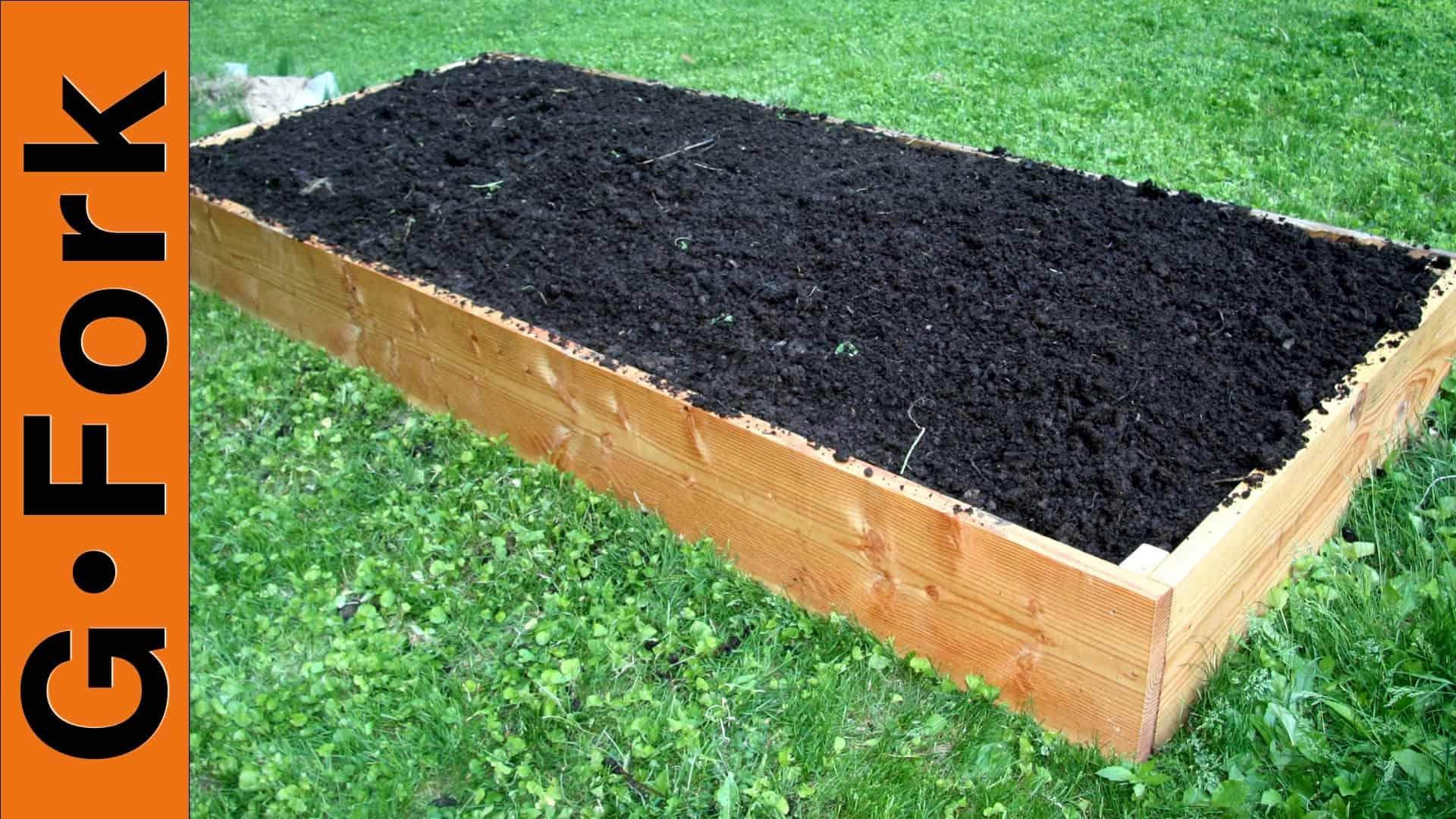 How To Build A Raised Bed For Vegetables Or Flowers GF TV Video   DIY  Living   GardenFork.TV