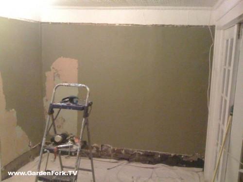 sheetrock plaster walls