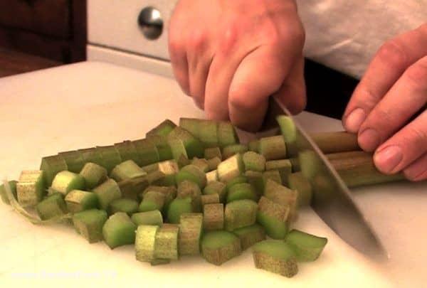 simple-rhubarb-cake-recipe-1