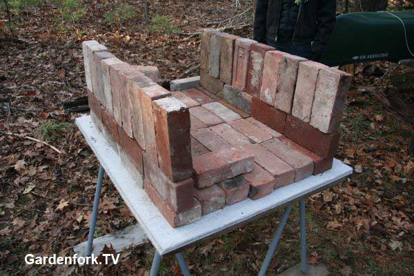More Brick Pizza Oven Plans amp Photos GardenForkTV DIY