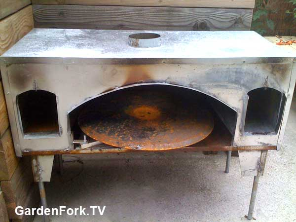 Metal Home Made Pizza Oven