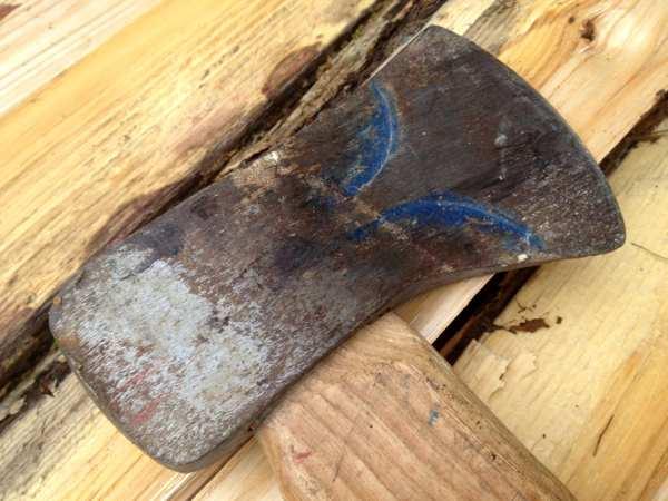 split wood with an axe