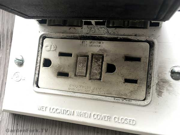 replace a GFCI outlet